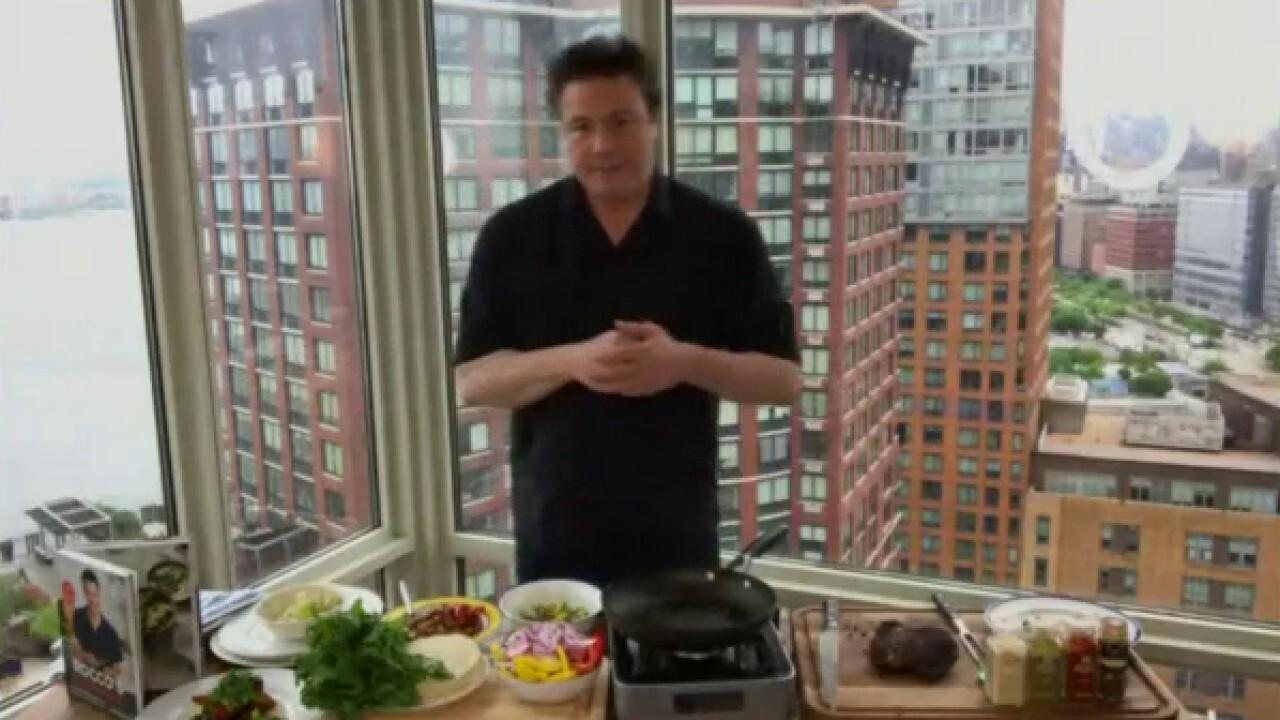 Chef Rocco DiSpirito cooks up steak fajitas and peppers with avocado mash