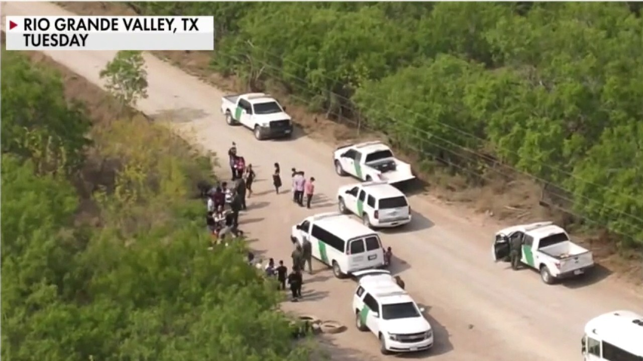 Biden admin 'continuing to mislead the American public' over border crisis: AZ Sheriff