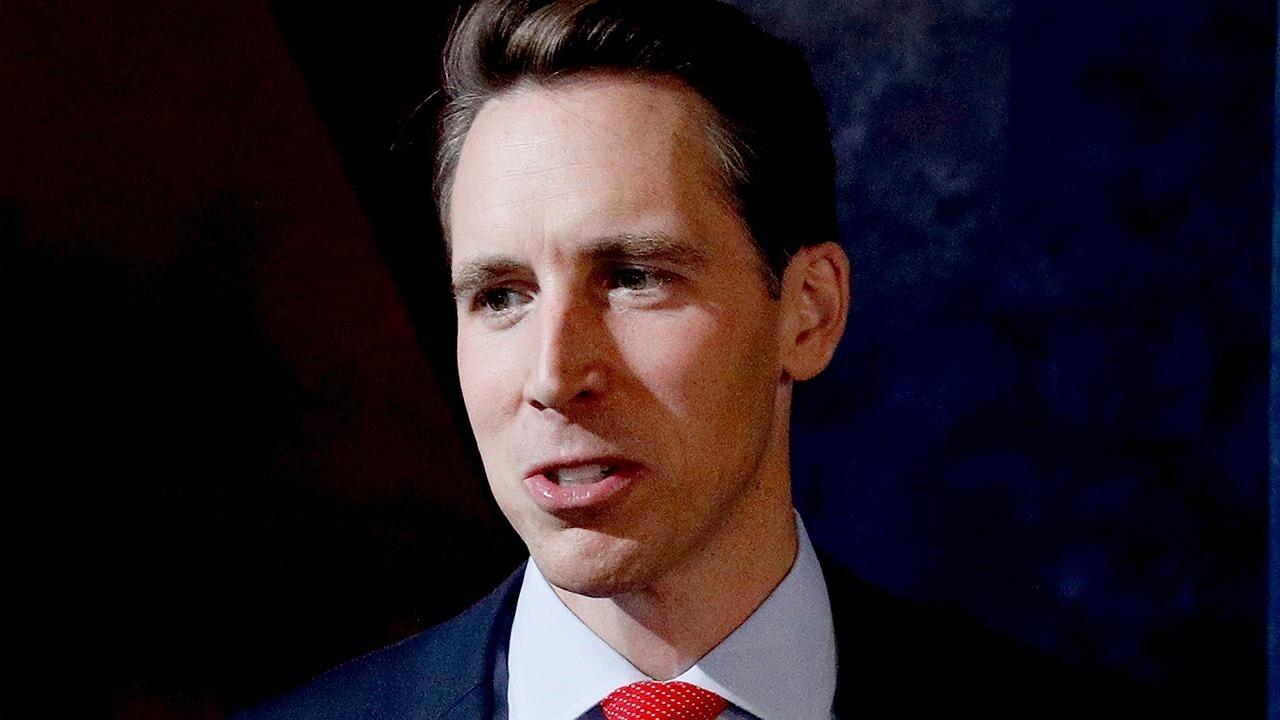 Sen. Hawley grills DOJ official on attempt to 'chill' parents' speech