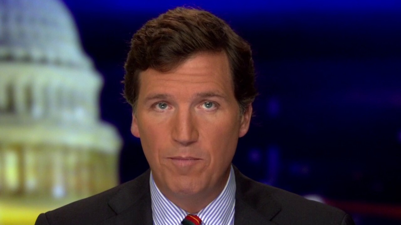 Tucker: American media complicit in covering up Hunter Biden scandal
