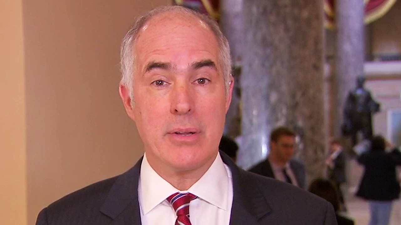 Sen. Bob Casey says blocking impeachment witnesses would be clear indication that Trump is dictating the trial
