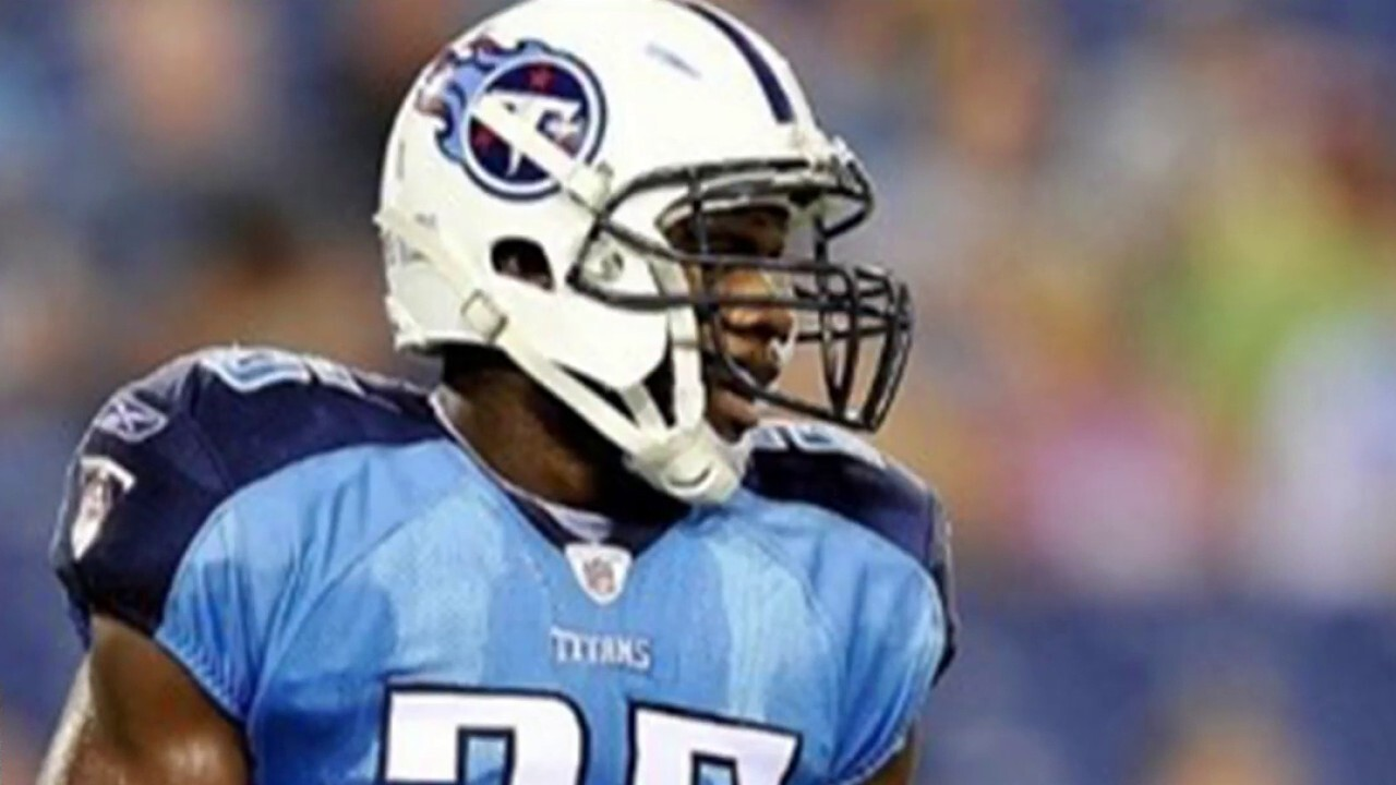 Former NFL player turned doctor combats COVID-19 chaos