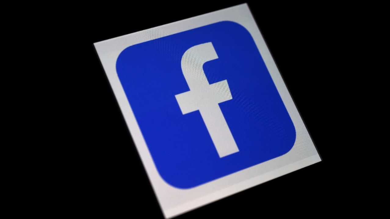 Facebook to block political ads before US presidential election