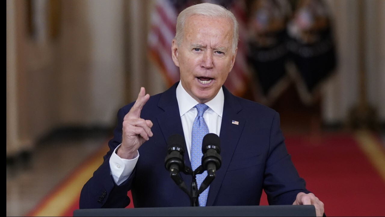 Clay Travis: Biden lying to America about vaccines
