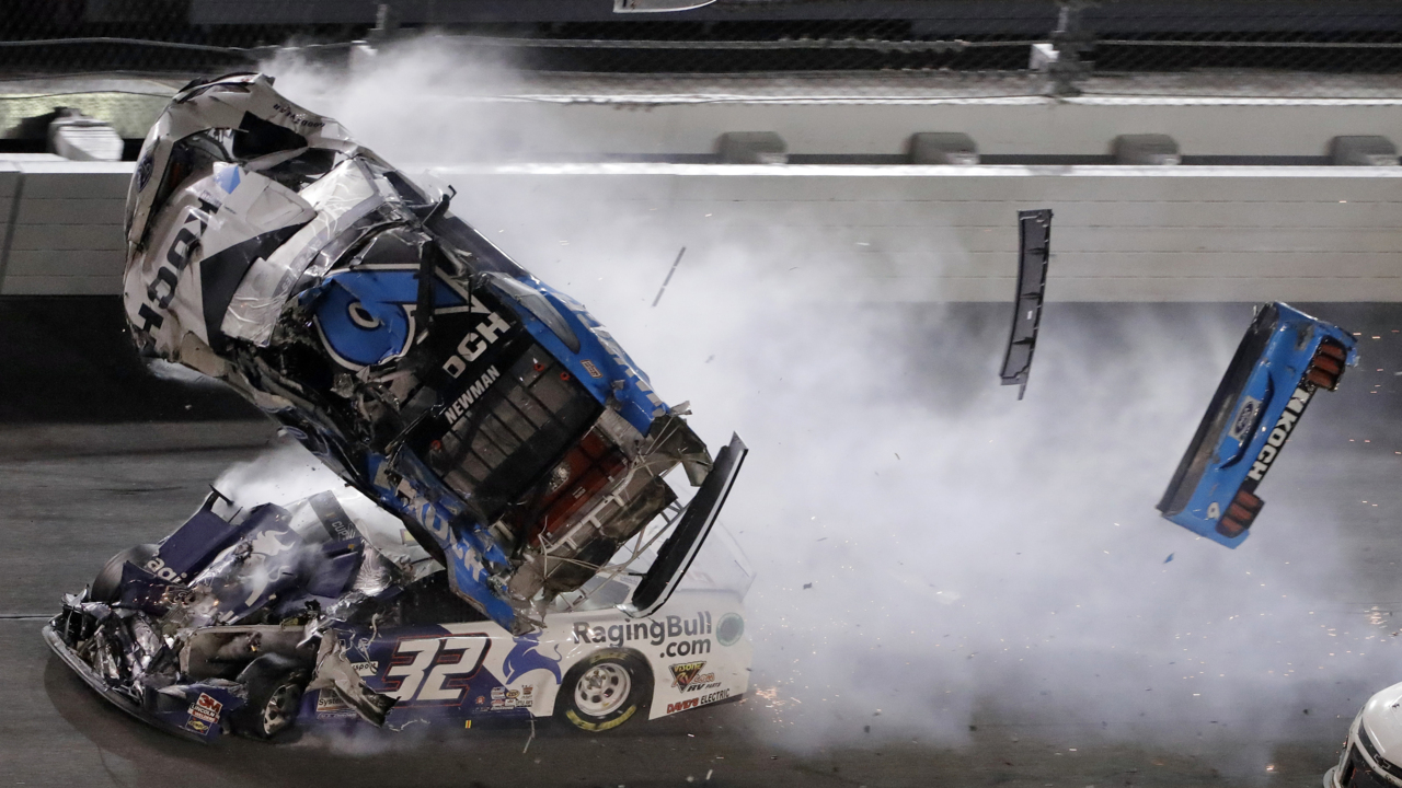 Newman alert, walking around hospital after crash at Daytona