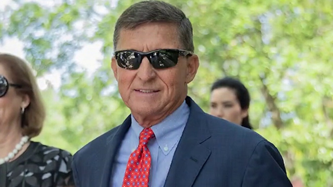 Michael Flynn remains in legal limbo as full court to hear arguments over decision to dismiss case