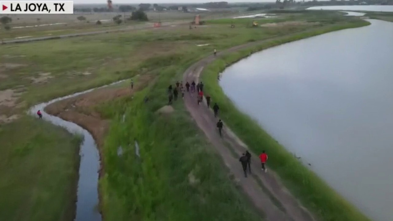 Fox News drone video shows migrants rushing the southern border