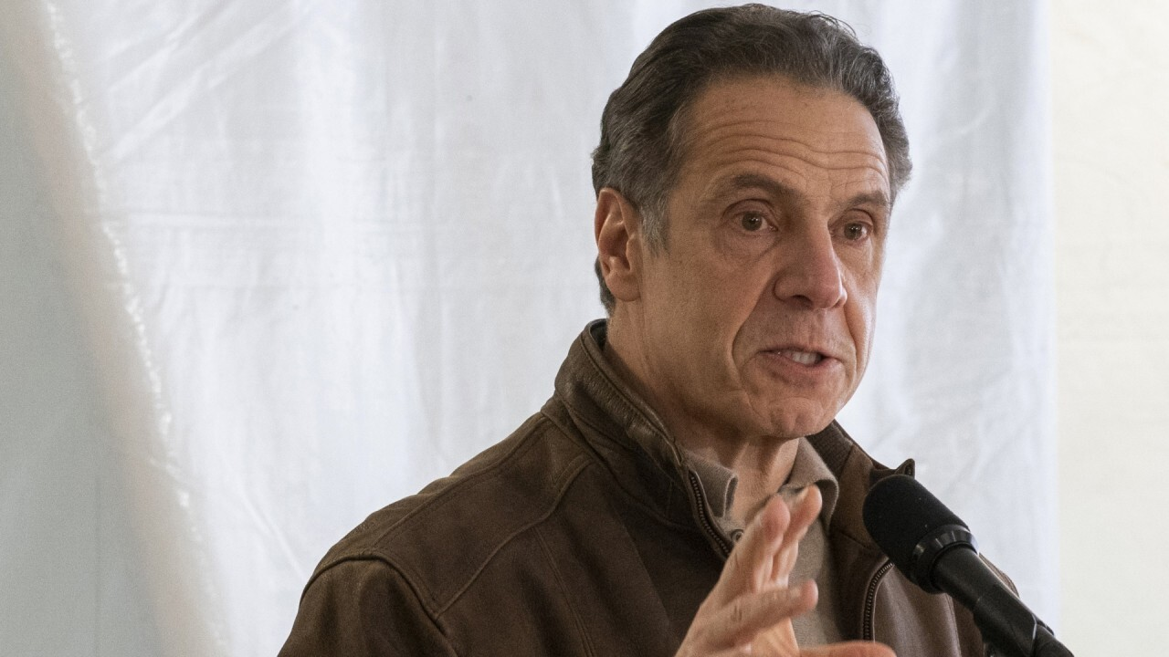 Cuomo mocked for claiming 'incompetent government kills people' in CNN, MSNBC appearances