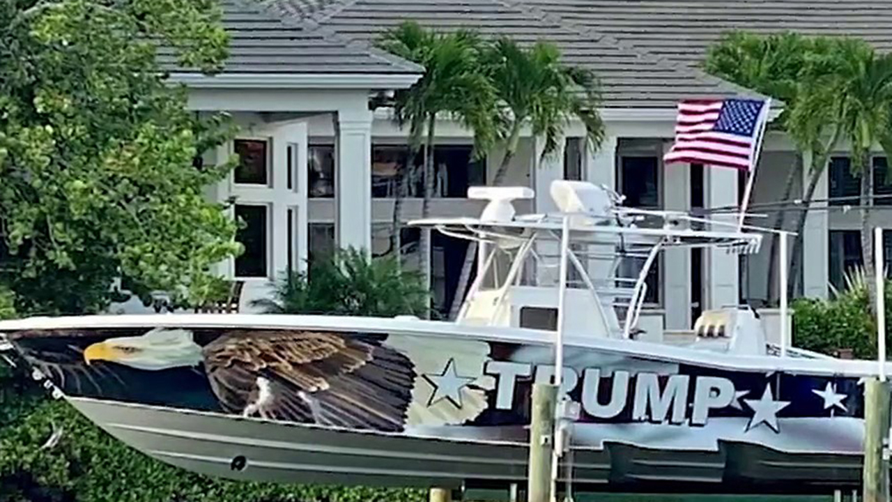 COVID-19 survivor hosts boat parade to thank Trump after being blocked from flying Trump flag