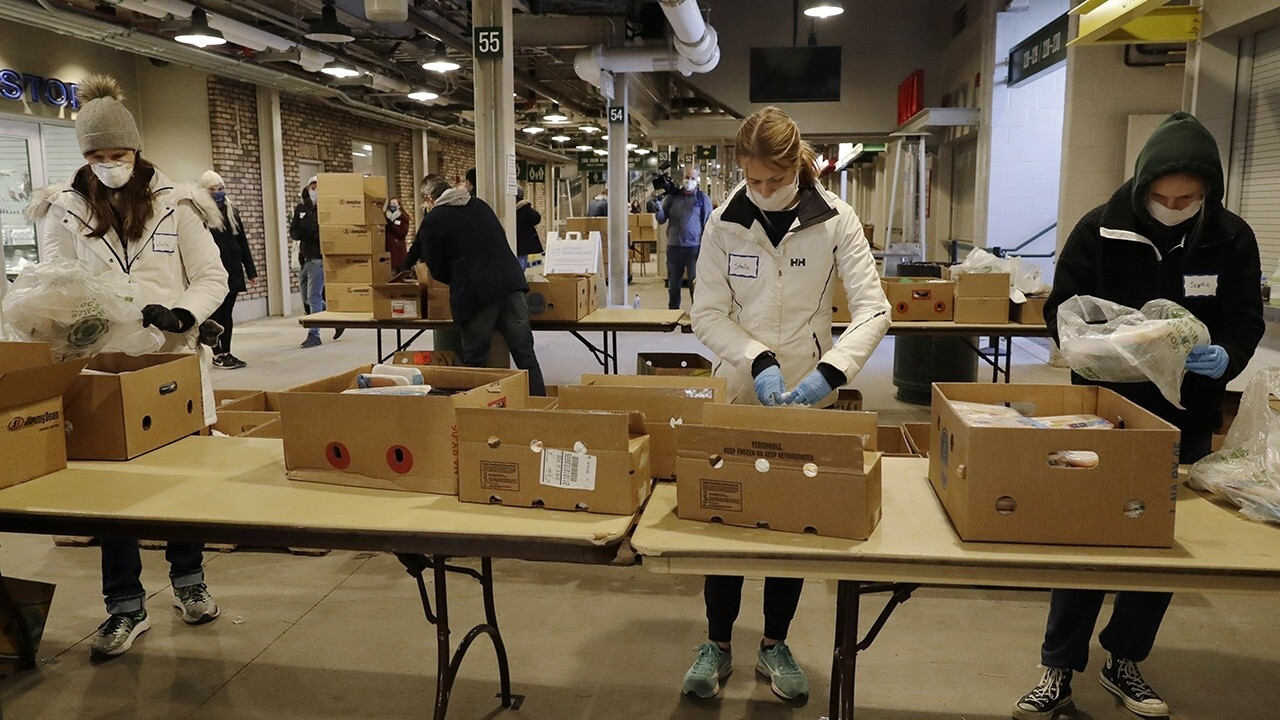 Wrigley Field transforms into food distribution center during pandemic
