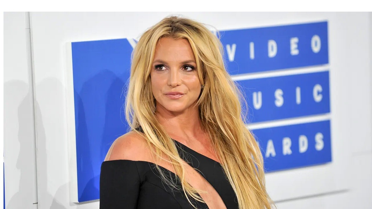 Britney Spears being 'enslaved' by lawyers: Jesse Watters