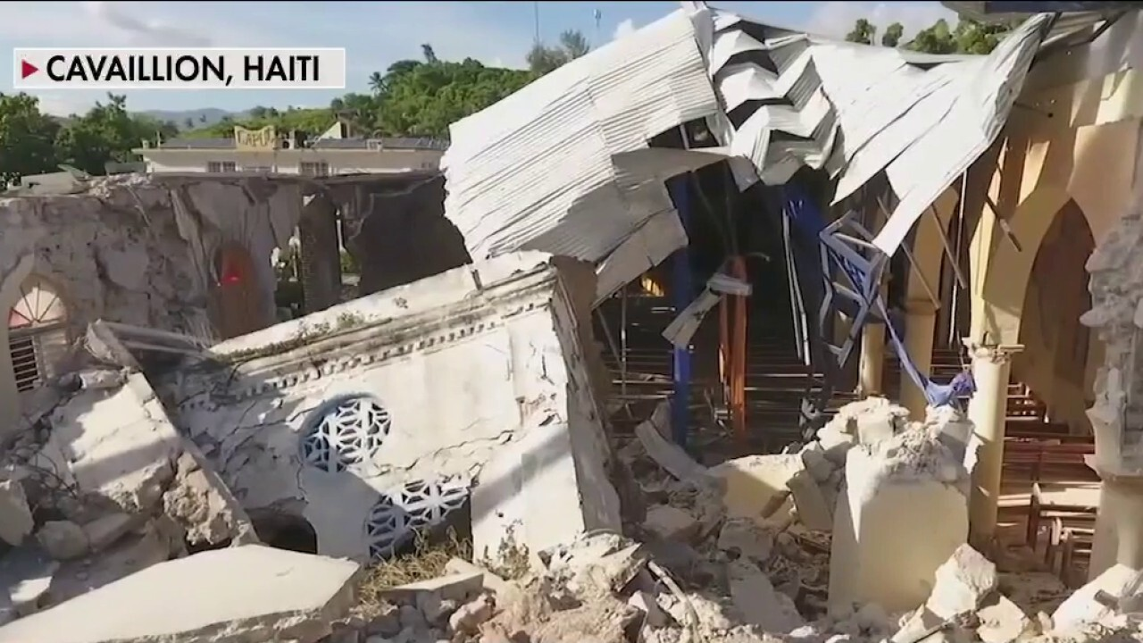 Haiti earthquake leaves hundreds dead, thousands injured: Officials