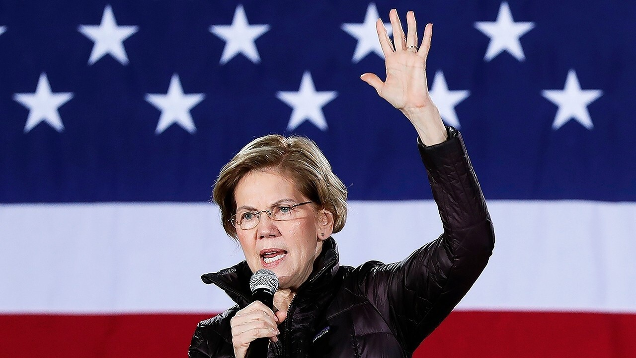 Warren considers taking Super PAC money as campaign funds run low