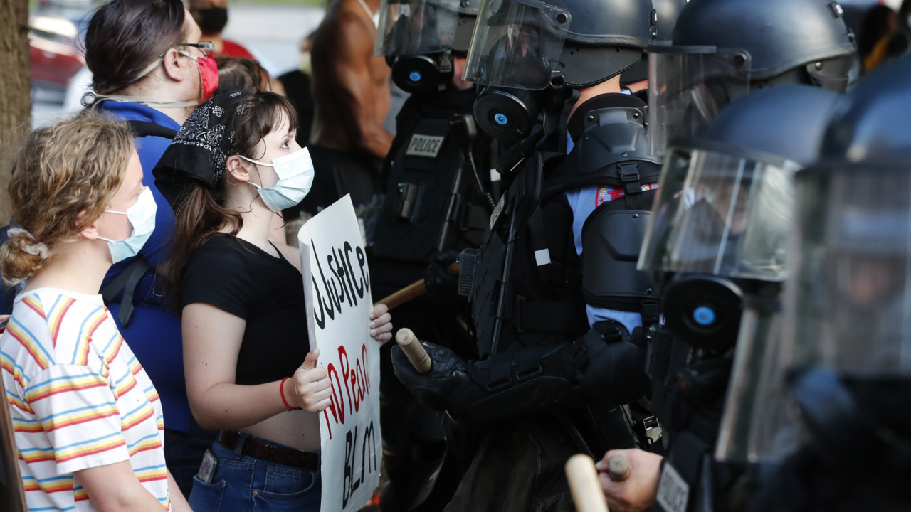How the press portrays rioters