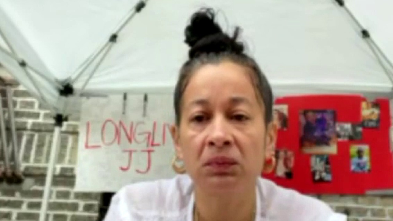 Mother of NYC murder victim calls on Mayor de Blasio to help with crime surge