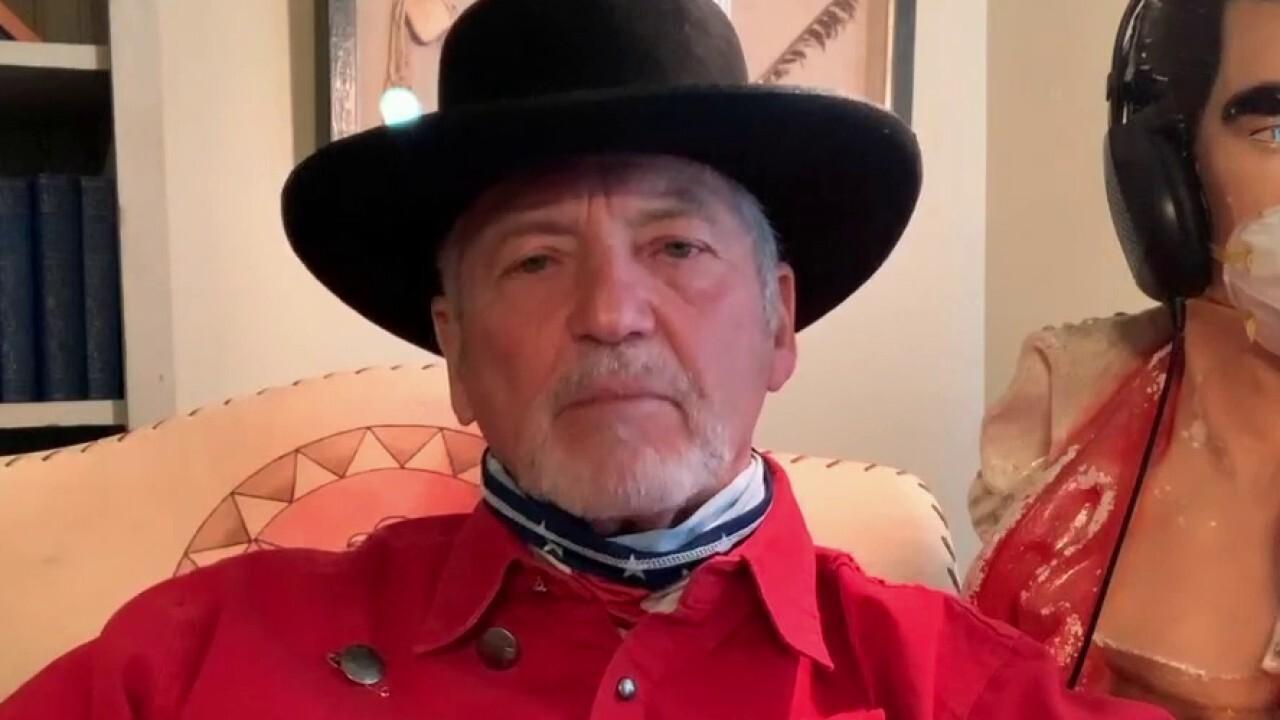 Eric Shawn: Nashville music legend Larry Gatlin says: 'Refund the police'