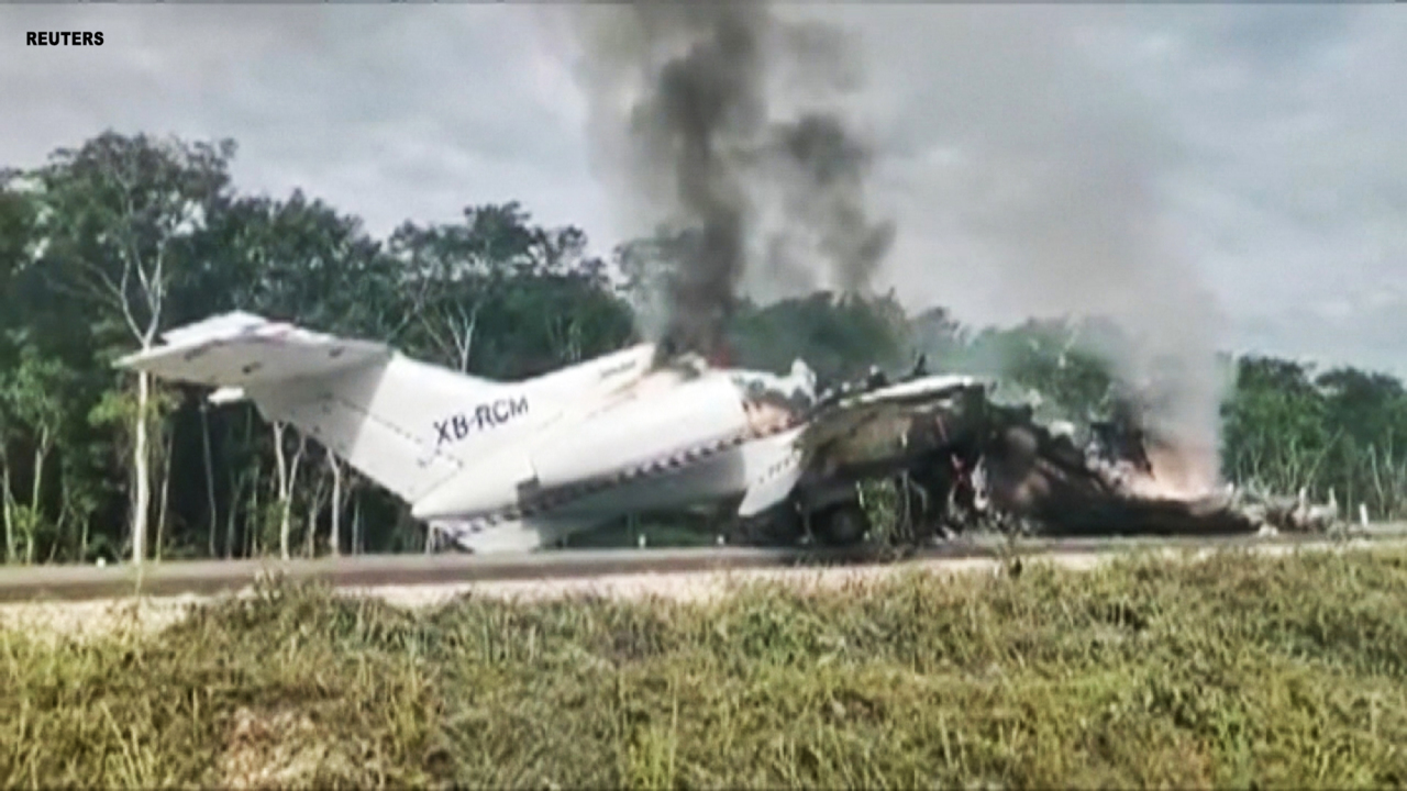 Mexican drug plane catches on fire after making illegal landing on rural highway