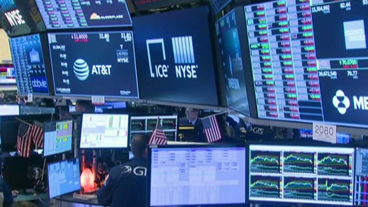 US markets rallied slightly following historic point drop