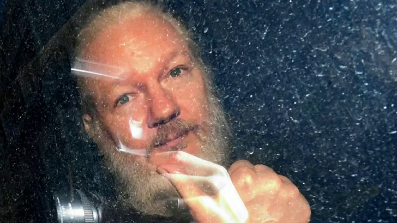 Glenn Greenwald says Trump should use his pardon power to end 'abusive prosecution' of Julian Assange