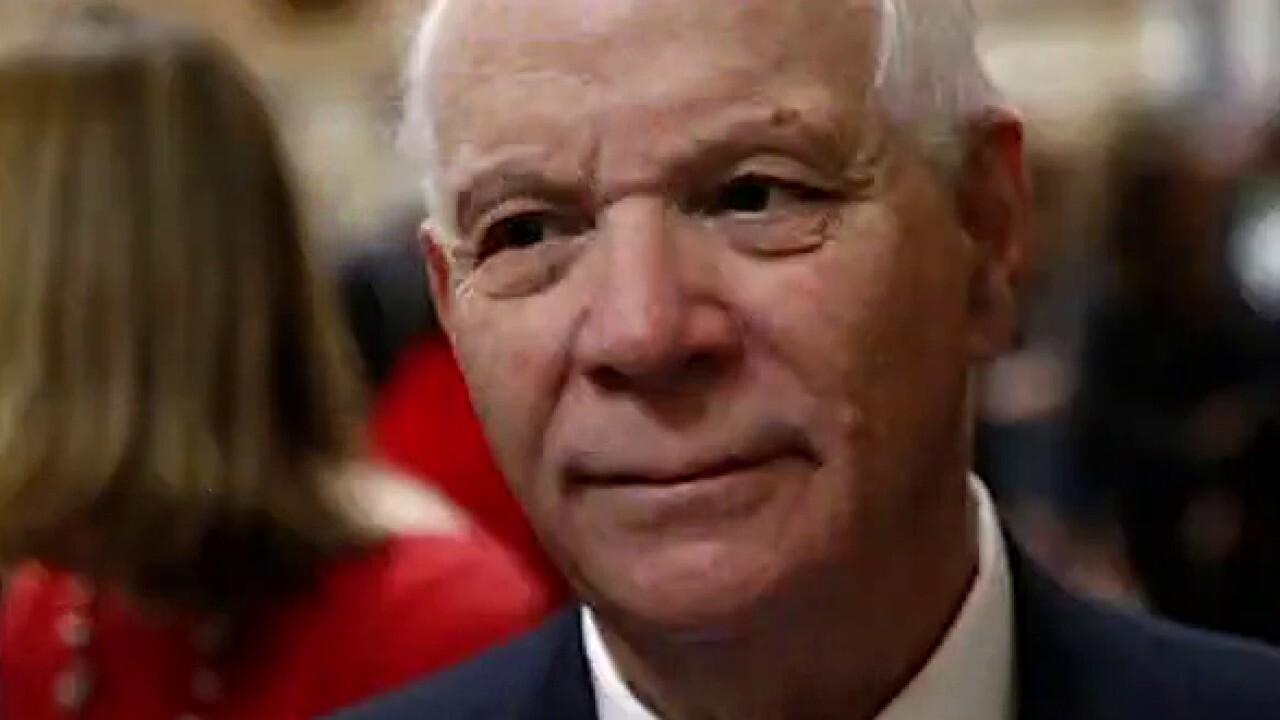 Trump resigning would be in 'the best interest of America': Sen. Cardin