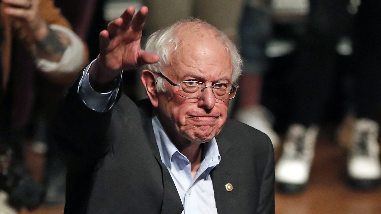 Latest New Hampshire polls show Bernie Sanders leading Pete Buttigieg thumbnail