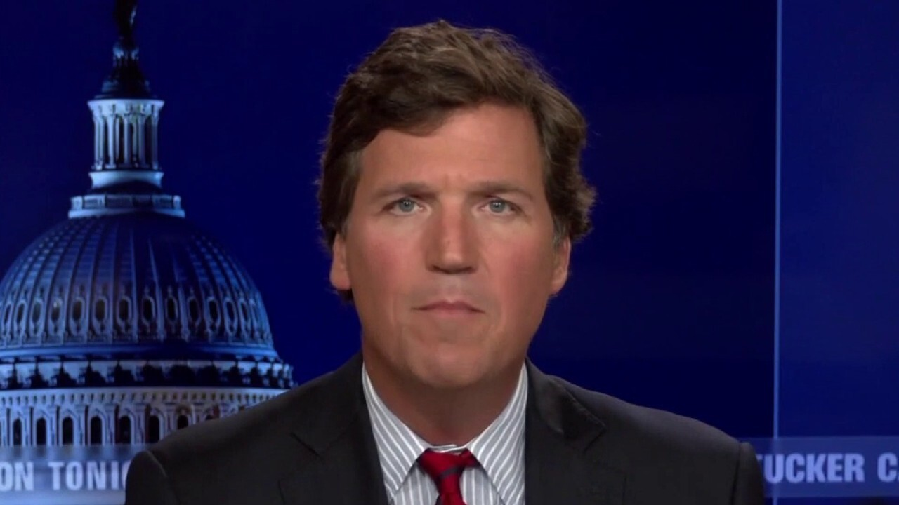 Tucker: Jan 6th commission is the new 'Russia Russia Russia'