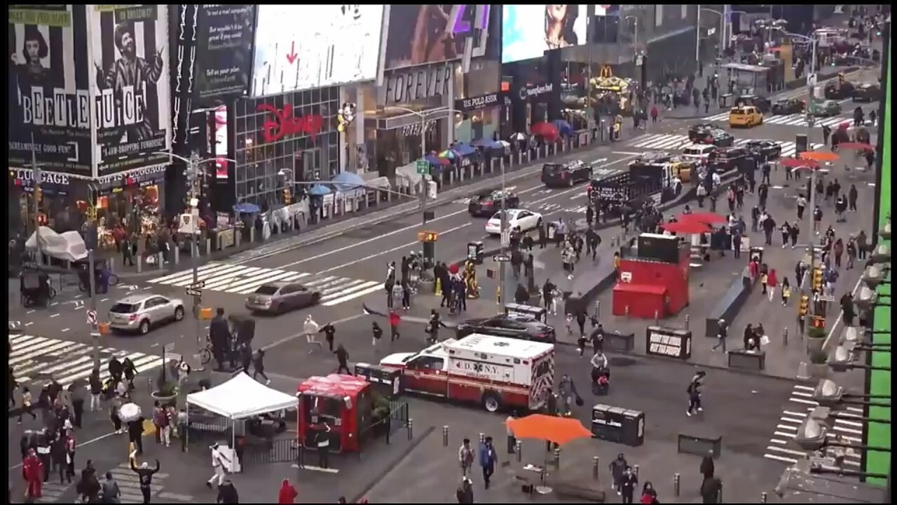 NYPD searching for person of interest in Times Square shooting
