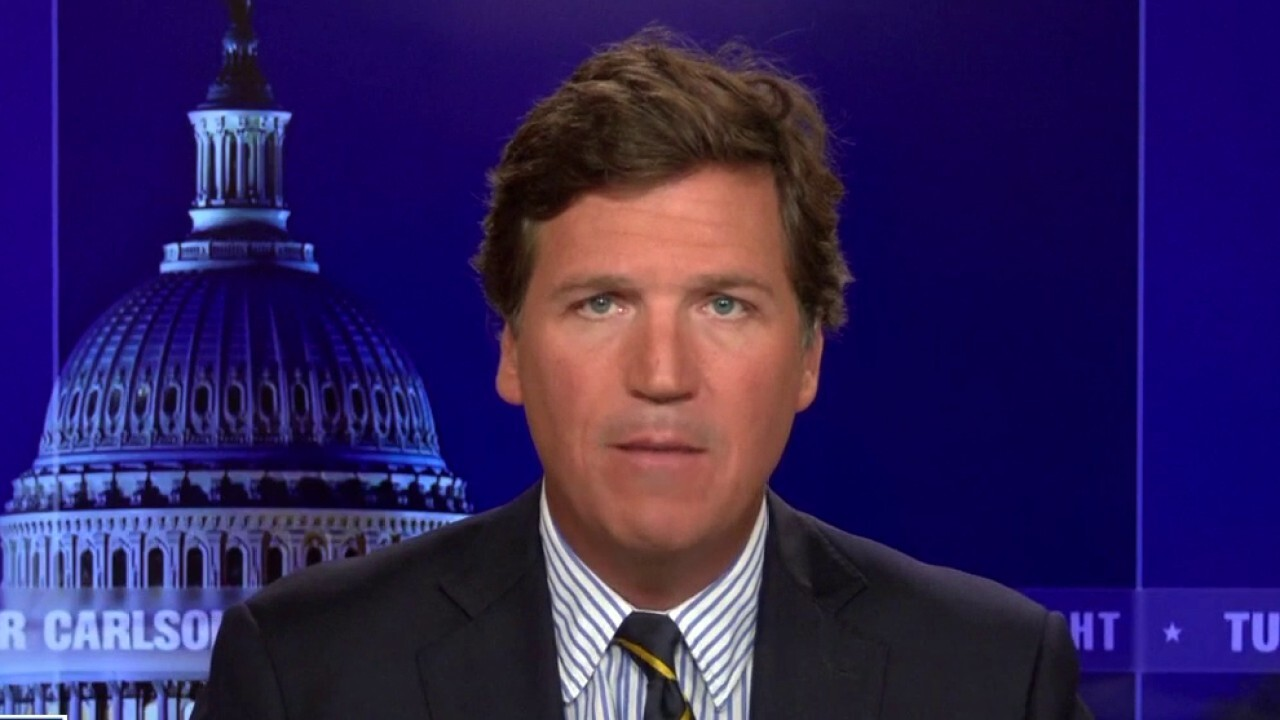 Tucker: Democrats and the media are 'distressed' by CDC's new masks rules
