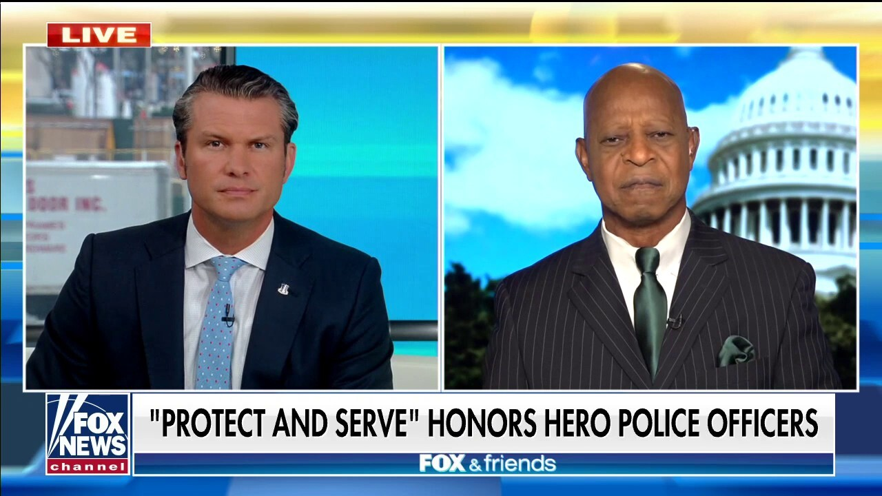 Ted Williams previews his new Fox Nation show 'Protect and Serve'