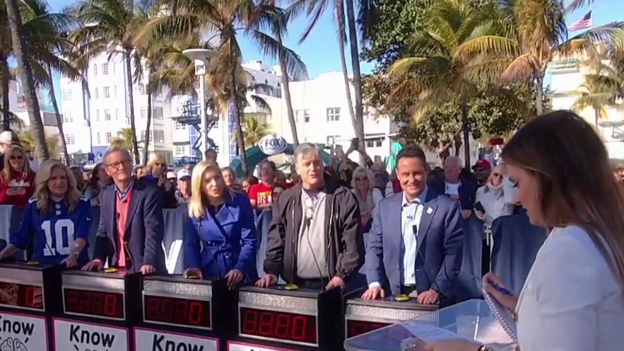 'Fox and Friends' hosts quizzed on Super Bowl trivia!