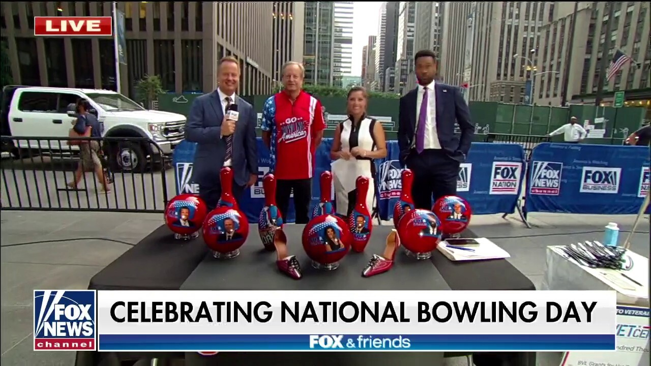 'Fox & Friends' kicks off National Bowling Day in Fox Square: 'Bowling is back'