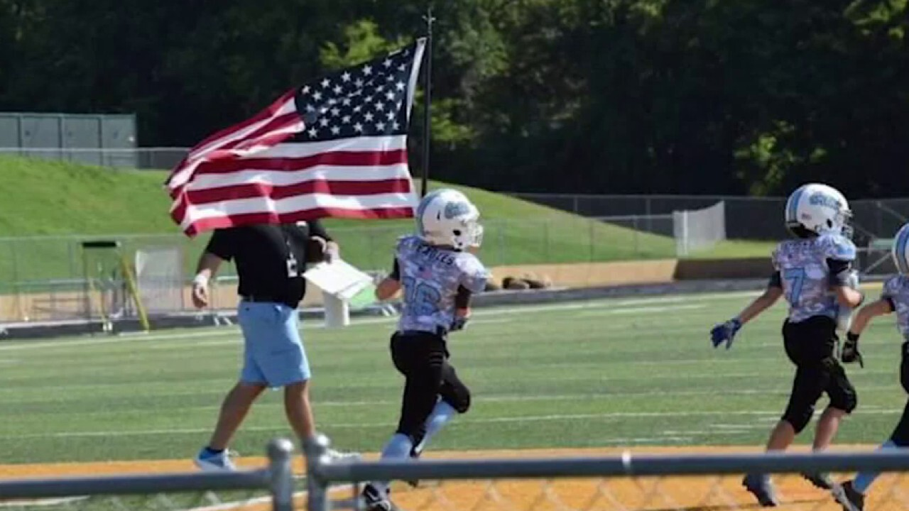 Tennessee youth football team pays tribute to local soldier killed in Kabul