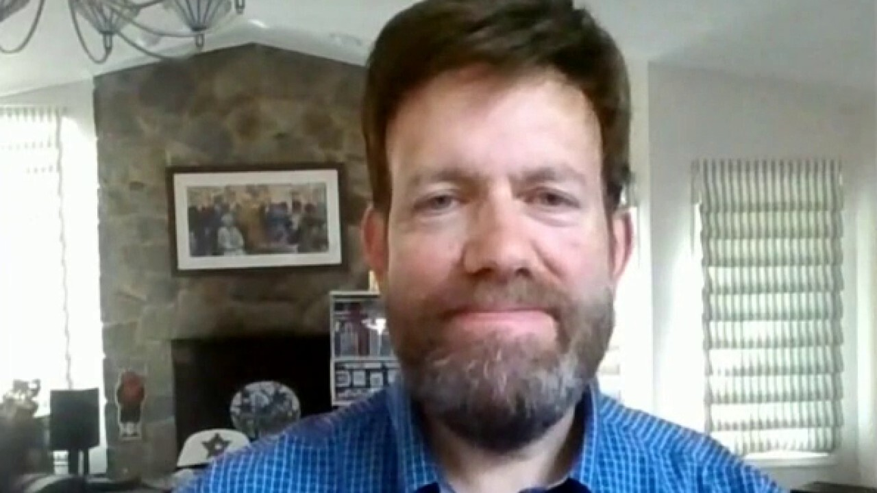 Pollster Frank Luntz weighs in on sports and politics colliding