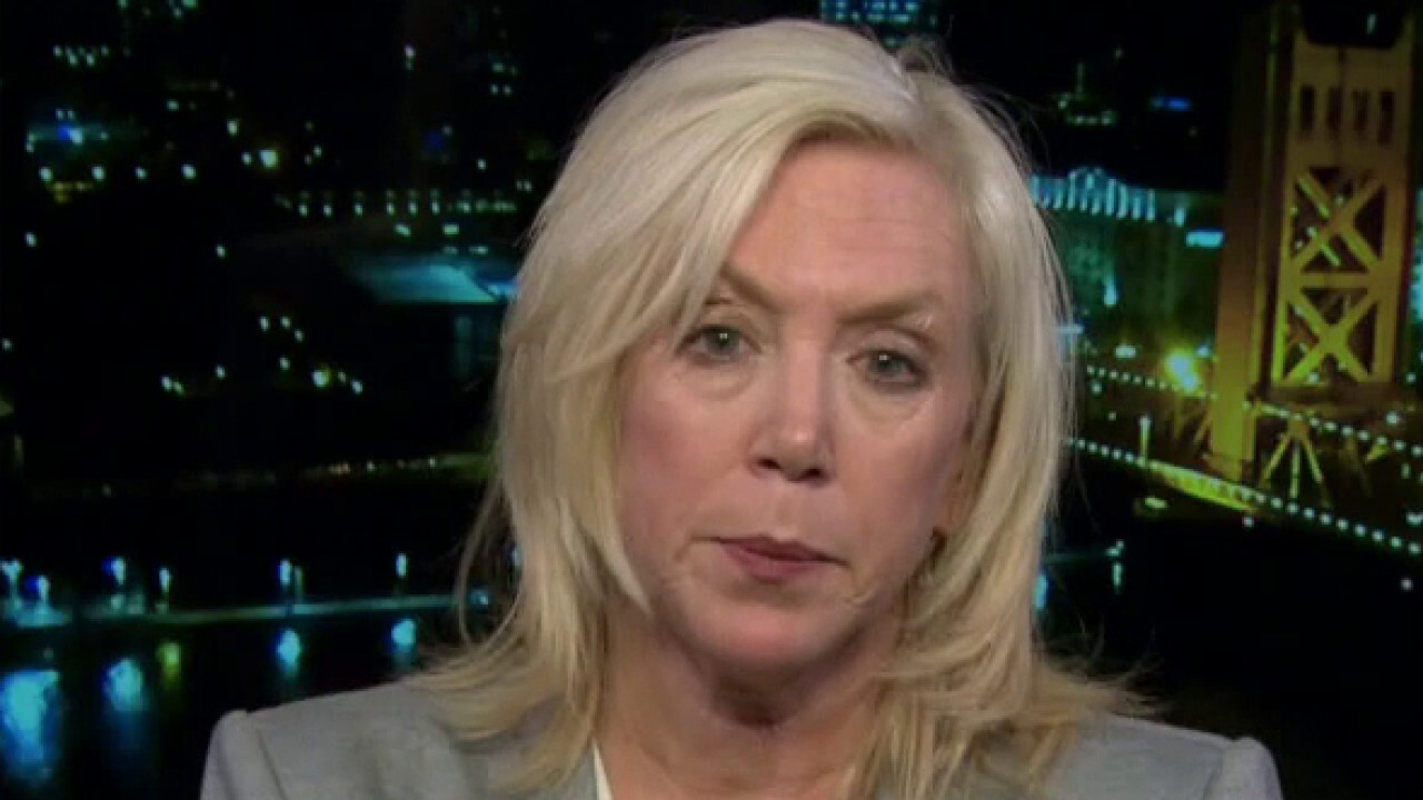 Sacramento DA slams Antifa mob after violent attack on her office: We're not going to be terrorized