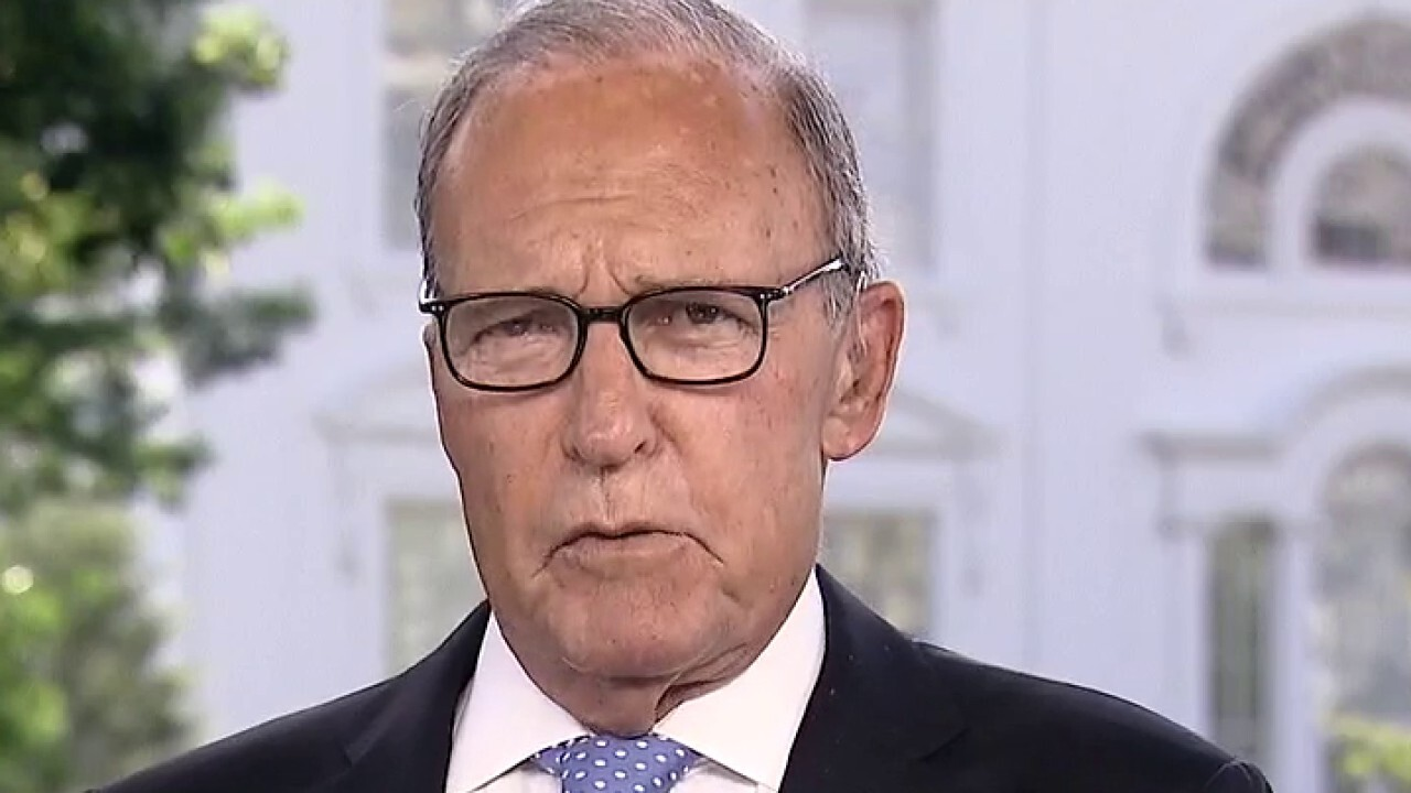 White House National Economic Council Director Larry Kudlow tells 'Fox and Friends' the USMCA trade deal helps North American domestic content and is a 'huge boost' for manufacturing, agriculture.