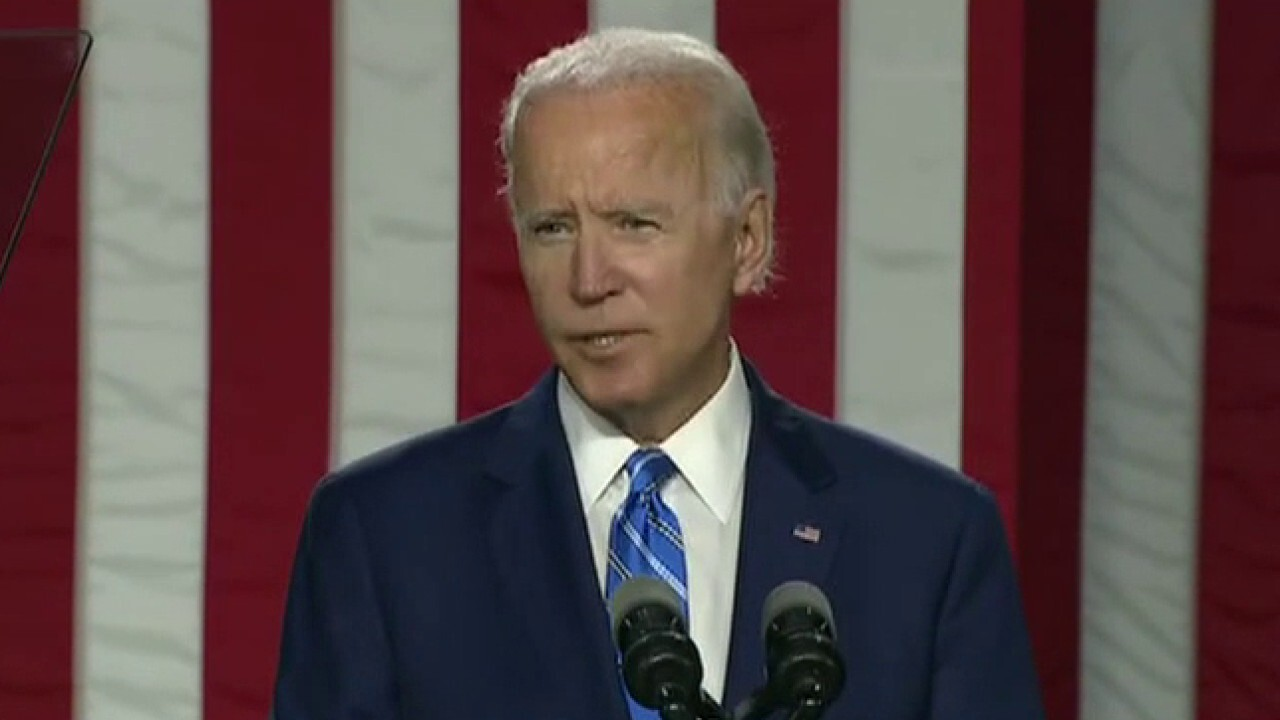 Biden unveils $2 trillion plan to boost clean energy, rebuild infrastructure