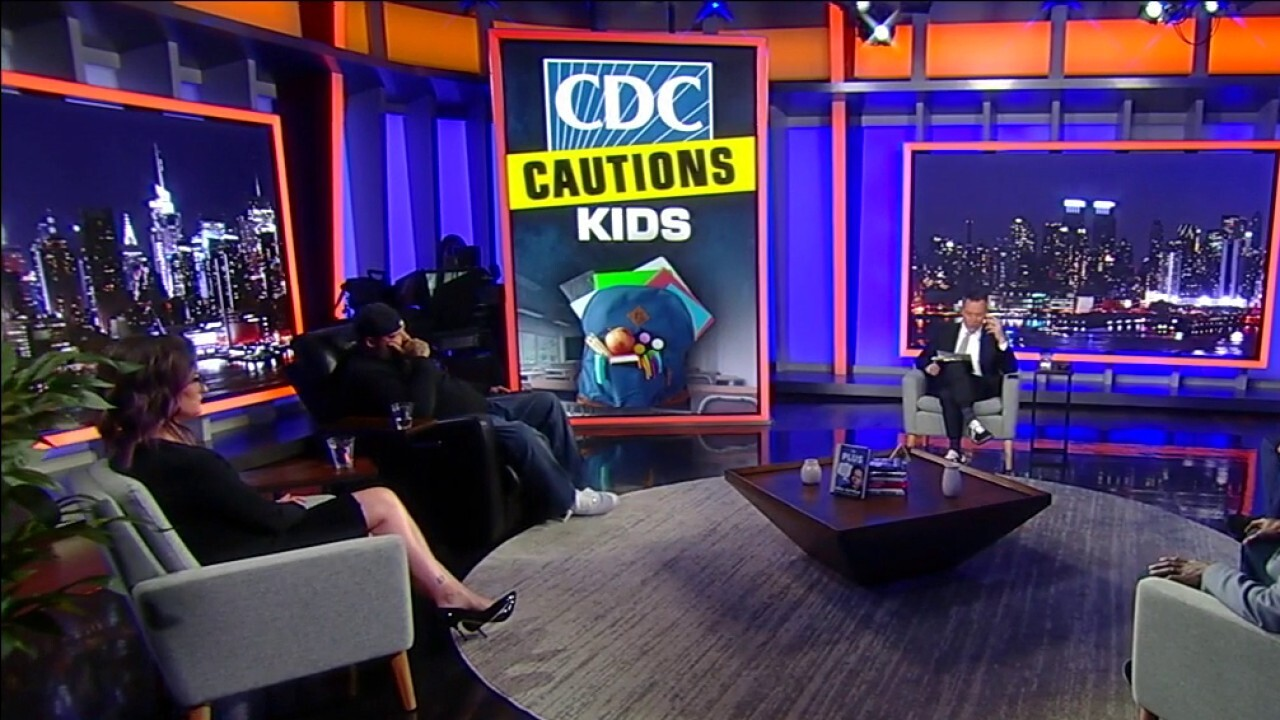 'Gutfeld!' panel reacts to teachers union influencing CDC guidelines