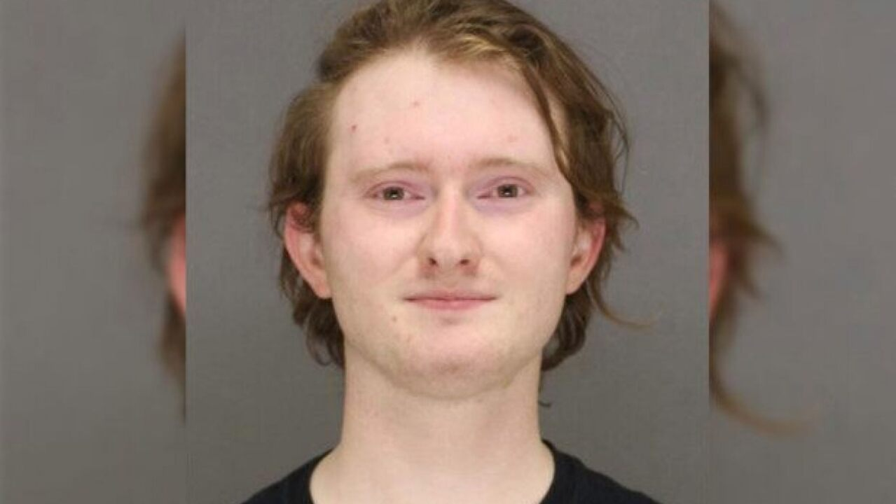 Wisconsin Antifa 'commander' bursts into tears during arrest