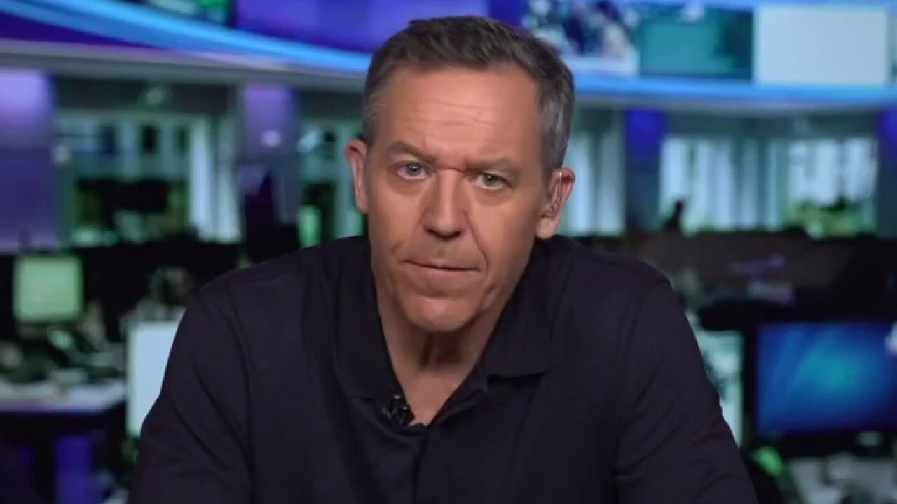 Gutfeld on the New York City exodus and De Blasio's response