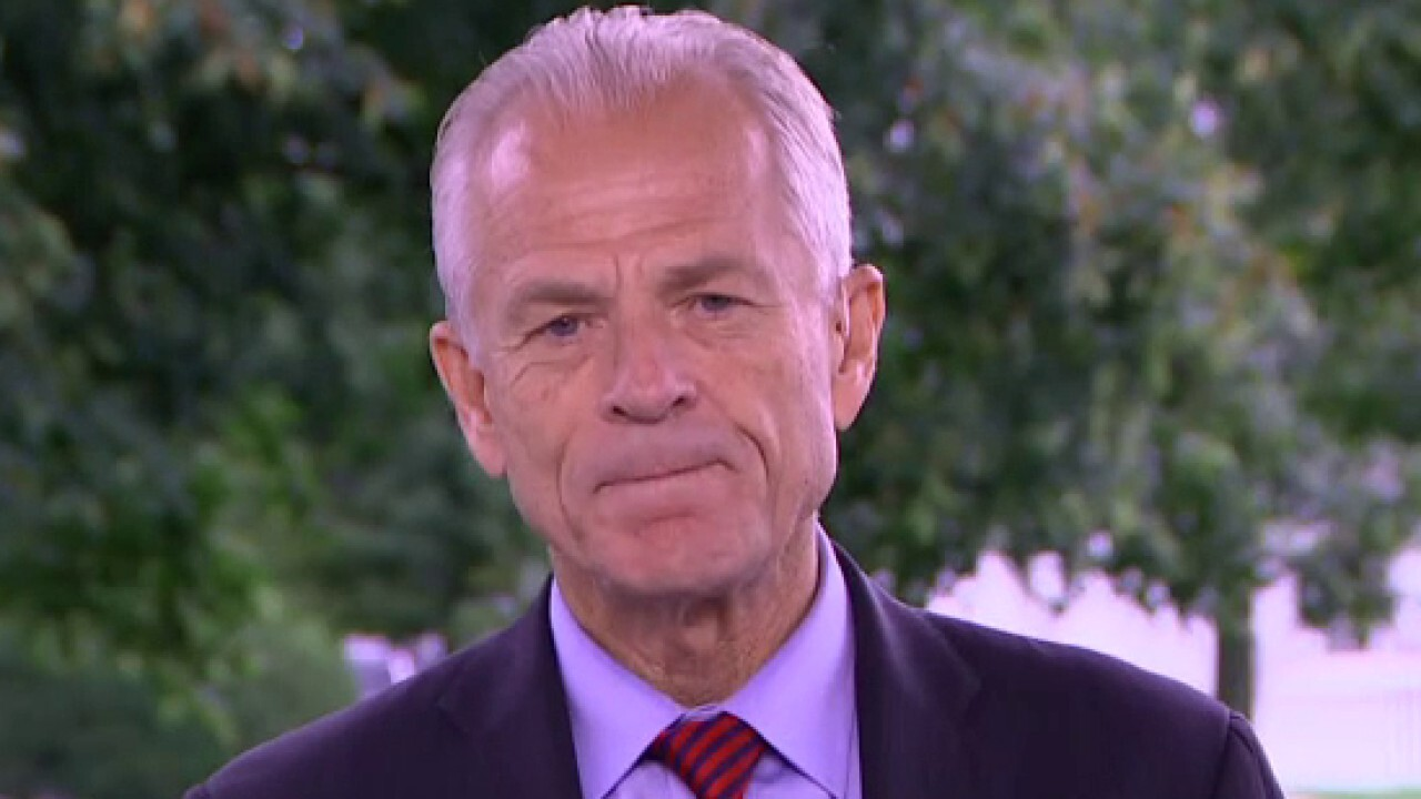 White House trade adviser Peter Navarro weighs in on Republicans and Democrats being at odds over the coronavirus relief plan on 'Fox & Friends Weekend.'