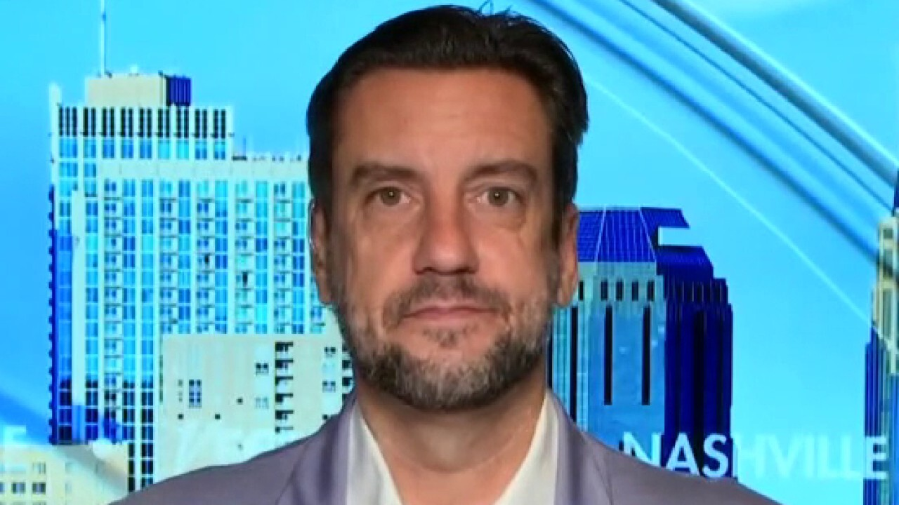 America's pastime, made in China? Clay Travis calls outsourcing MLB equipment a 'big miss'