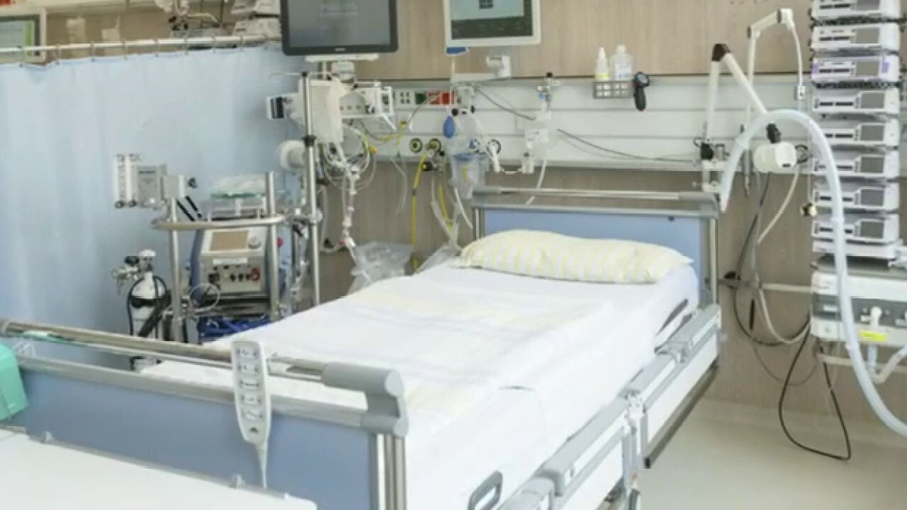 Hospitals scramble to prepare for influx of coronavirus patients