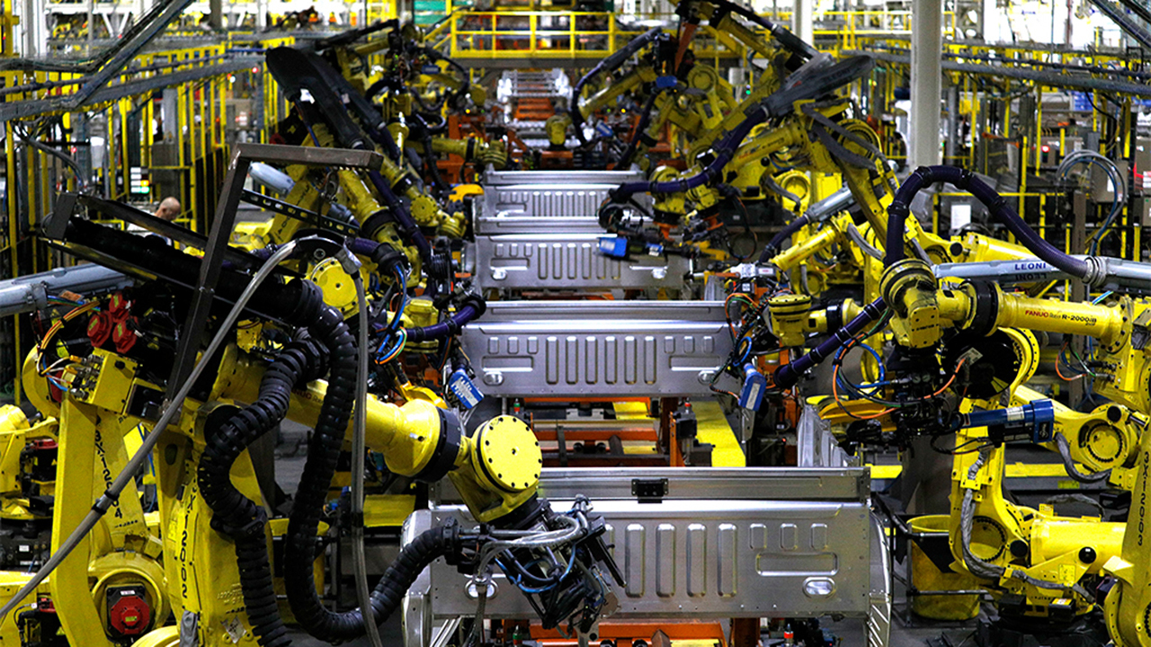Auto industry considering repurposing factories to make medical equipment during COVID-19
