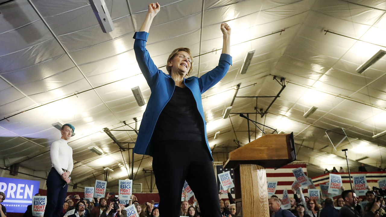 Elizabeth Warren pledges to keep campaigning, despite disappointing finish in New Hampshire