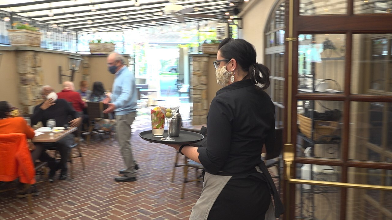 Restaurant owners dealing with lack of applicants