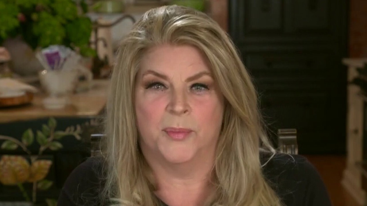 Pro-Trump actress Kirstie Alley slams CNN's COVID coverage: 'Fear of dying is their mantra' thumbnail