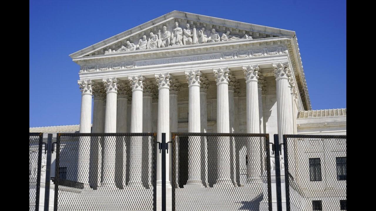 Democrats unveil bill expanding Supreme Court