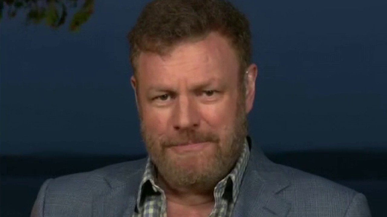 Author and columnist Mark Steyn emerges from lockdown to join Tucker Carlson on 'Tucker Carlson Tonight.'