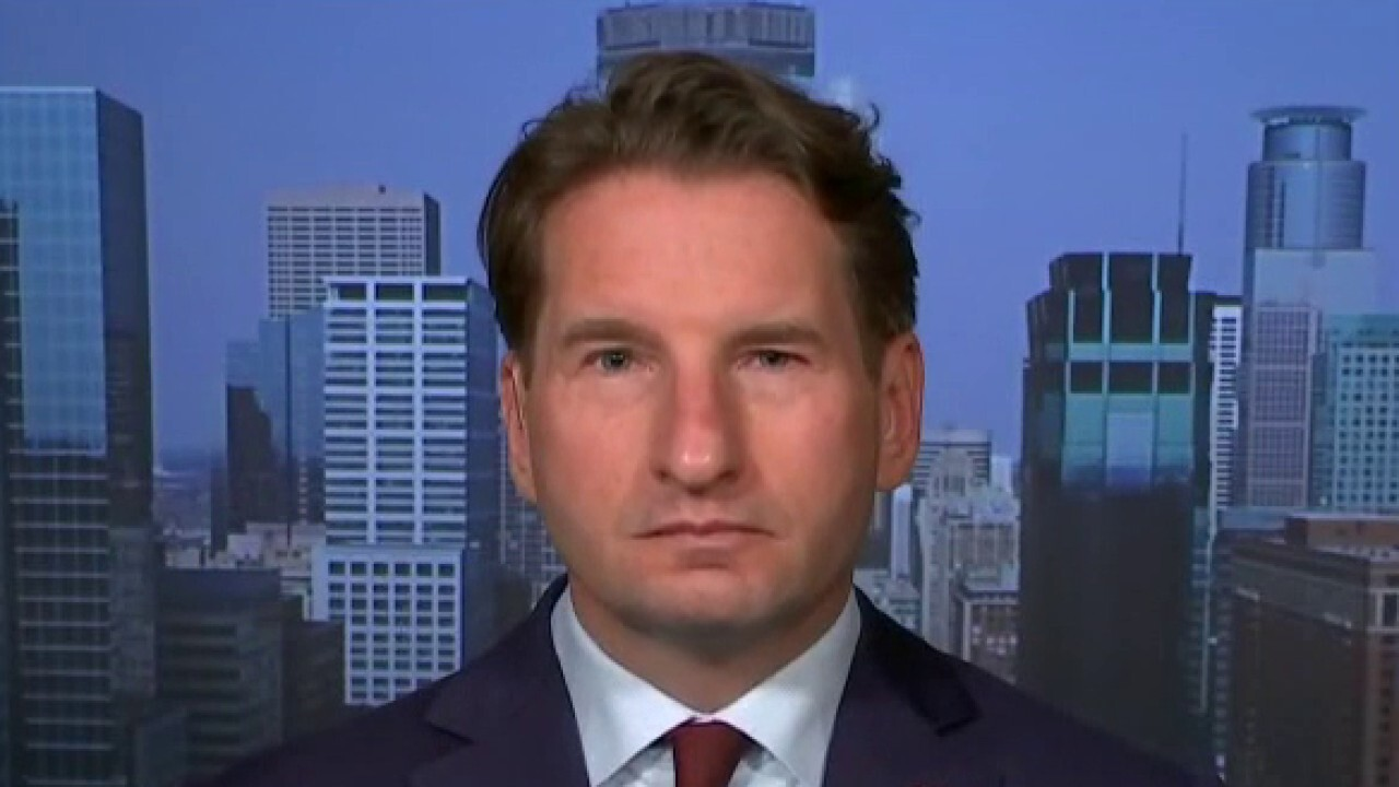Minnesota Congressman Dean Phillips joins 'America's News HQ.'
