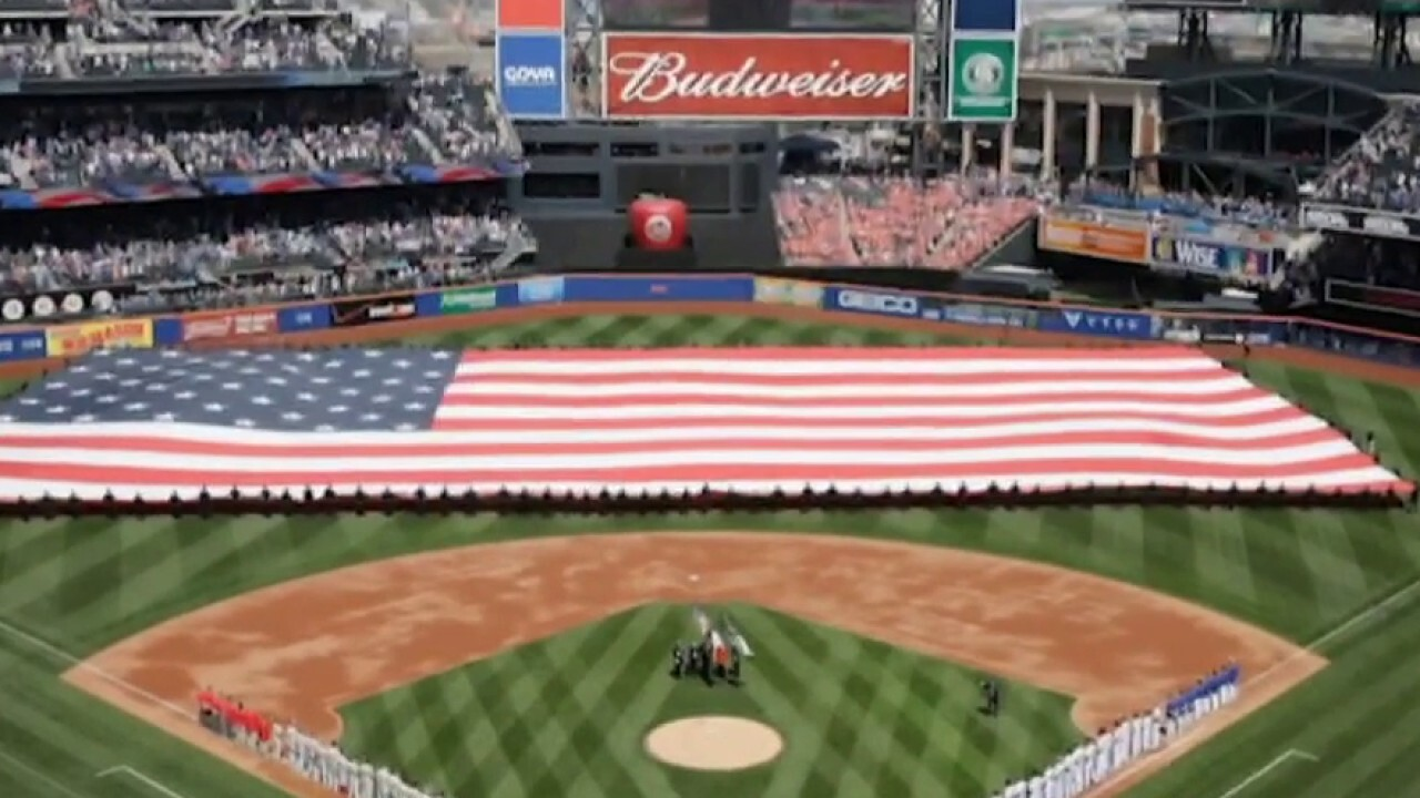 Wisconsin bill would require national anthem at sporting events